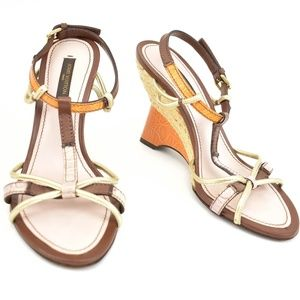 LOUIS VUITTON Mauve & Gold Leather Wedge Sandals